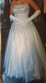 Ball gown /wedding dress in Camp Pendleton, California