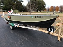 14' V bottom Aluminum Jon Boat w 35hp Johnson in Fort Lee, Virginia