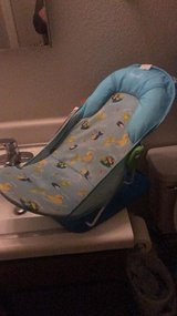 baby bath seat in Dover, Tennessee