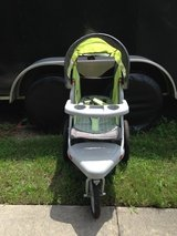 Safari Single Jogging Stroller in Camp Lejeune, North Carolina