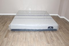 King size mattress- Serta Blue iComfort- Premium model in Spring, Texas