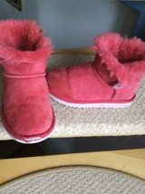 Ugg boots girls in Ramstein, Germany