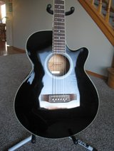 Jasmine By Takamine TS91C ThinLine Acoustic / Electric in Naperville, Illinois