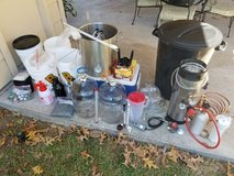 Complete Home Brewing Beer Kit in Kingwood, Texas