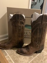 Laredo Woman's boots from  smoky mountain boots in Fort Bragg, North Carolina