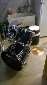 DRUM SET FOR PARTS ...... in Orland Park, Illinois