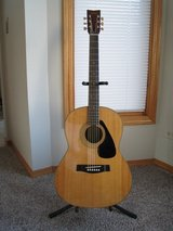Vintage Yamaha FG-325 Acoustic Guitar - Rare in Chicago, Illinois