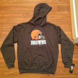 NFL Cleveland Browns NEW with tags football hoodie sweatshirt Medium in Camp Lejeune, North Carolina