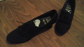 Womens Leather  Dance Shoes tic tac toes Brand 9N Excellent Condition in Glendale Heights, Illinois