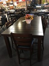Pub Style Gathering Table with 6 stools in Rolla, Missouri