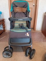 Car Seat and Stroller Set in Beaufort, South Carolina