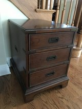 Thomasville end night table 3 drawer in Westmont, Illinois