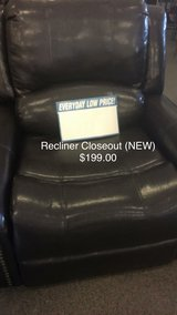 Recliner (New) (Closeout) in Fort Leonard Wood, Missouri