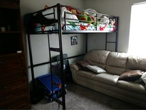 loft bed in Travis AFB, California