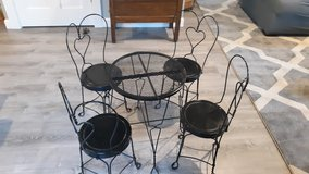Antique child's ice cream table and chairs in Chicago, Illinois