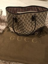 Gucci small tote in Kingwood, Texas