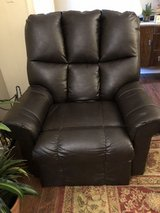 Leather Lift Chair in Fort Polk, Louisiana