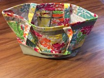 Thirty One Easy Breezy Tote Island Damask in Byron, Georgia