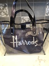Harrod's-London Handbag for Sale in Fort Riley, Kansas