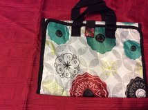 Thirty One fold up cosmetic travel bag in Warner Robins, Georgia