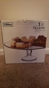Libbey Cake Stand in Camp Lejeune, North Carolina