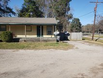 Large 2-1 Flat; Grand Parkway North/59N in Kingwood, Texas