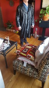 Men's leather trench coat in Fort Knox, Kentucky