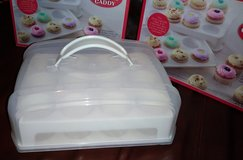 Mini cupcake caddy bundle in Spring, Texas