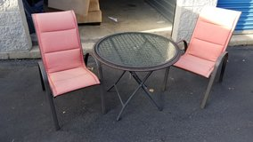 Patio table and chairs in Shorewood, Illinois