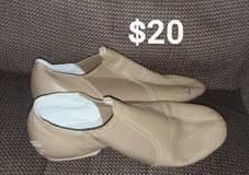 mens tan dancing shoes in Alamogordo, New Mexico