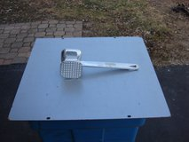 ALUMINUM MEAT TENDERIZER in Naperville, Illinois