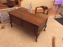 Vintage/Near Antique Claw Foot Physicians Desk in Oswego, Illinois