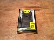 Otterbox Defender Ipod Touch 5th Generation in bookoo, US