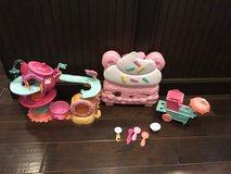 Num noms in Fort Campbell, Kentucky
