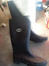 EZ FLO RUBBER BOOTS in 29 Palms, California