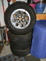 4 - P245/70R-17 Firestone Winterforce UV Snow Tires & Rims. in Westmont, Illinois