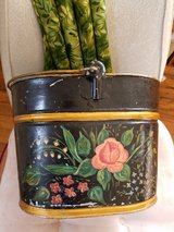 vtg 1212 bucket tole painted in Vacaville, California