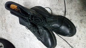 Vibram leather boots 11.5 GoreTex, new in Ramstein, Germany