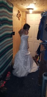 Gorgeous wedding gown in The Woodlands, Texas