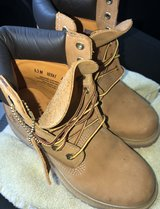 Timberland women's boots in Lawton, Oklahoma
