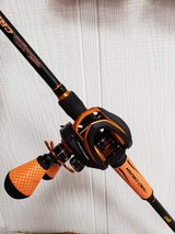 Lews Left Handed Mach Fishing Rod Combo in Fort Polk, Louisiana