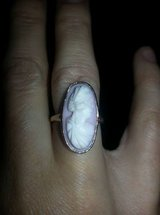 Beautiful, vintage Cameo ring, yellow gold. Size 6/7 in Fort Rucker, Alabama