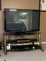 TV stand with 50in tv in Aurora, Illinois