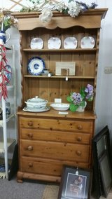 Pine chest of drawers and dresser top antique / vintage in Lakenheath, UK