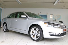 14 VW Passat SEL V6, Aut., big Navi, Prem.Sound, REAL Leather, 22k mls, 1 owner, like NEW! in Stuttgart, GE