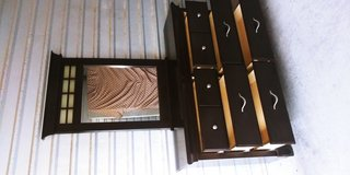 Pretty 6 drawers dresser with mirror in El Paso, Texas