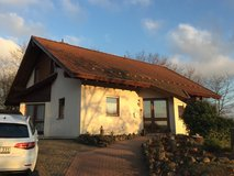 RENT: (072) Niederkirchen, fully furnished stand-alone Home available mid January in Ramstein, Germany