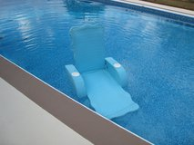 Floating Lounge Chair in Fort Rucker, Alabama