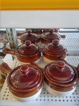 French Onion Soup Crocks with Lids in 29 Palms, California