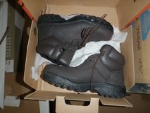 trax by redwing boots new in Fort Irwin, California